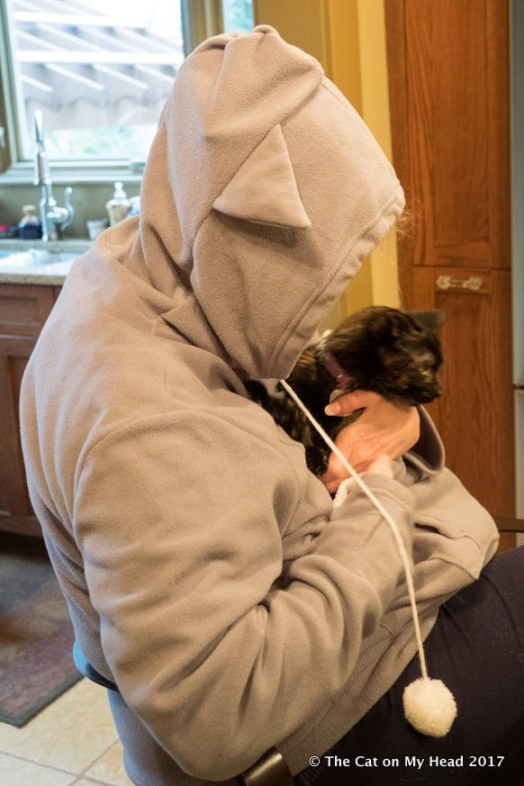 Astrid Tries out KittyRoo Sweatshirt